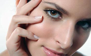 Agua, vitaminas y minerales, aliados de la piel