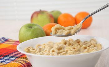 Cómo desayunar con bajas calorías