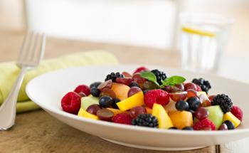Diabetes: mejor frutas que jugo